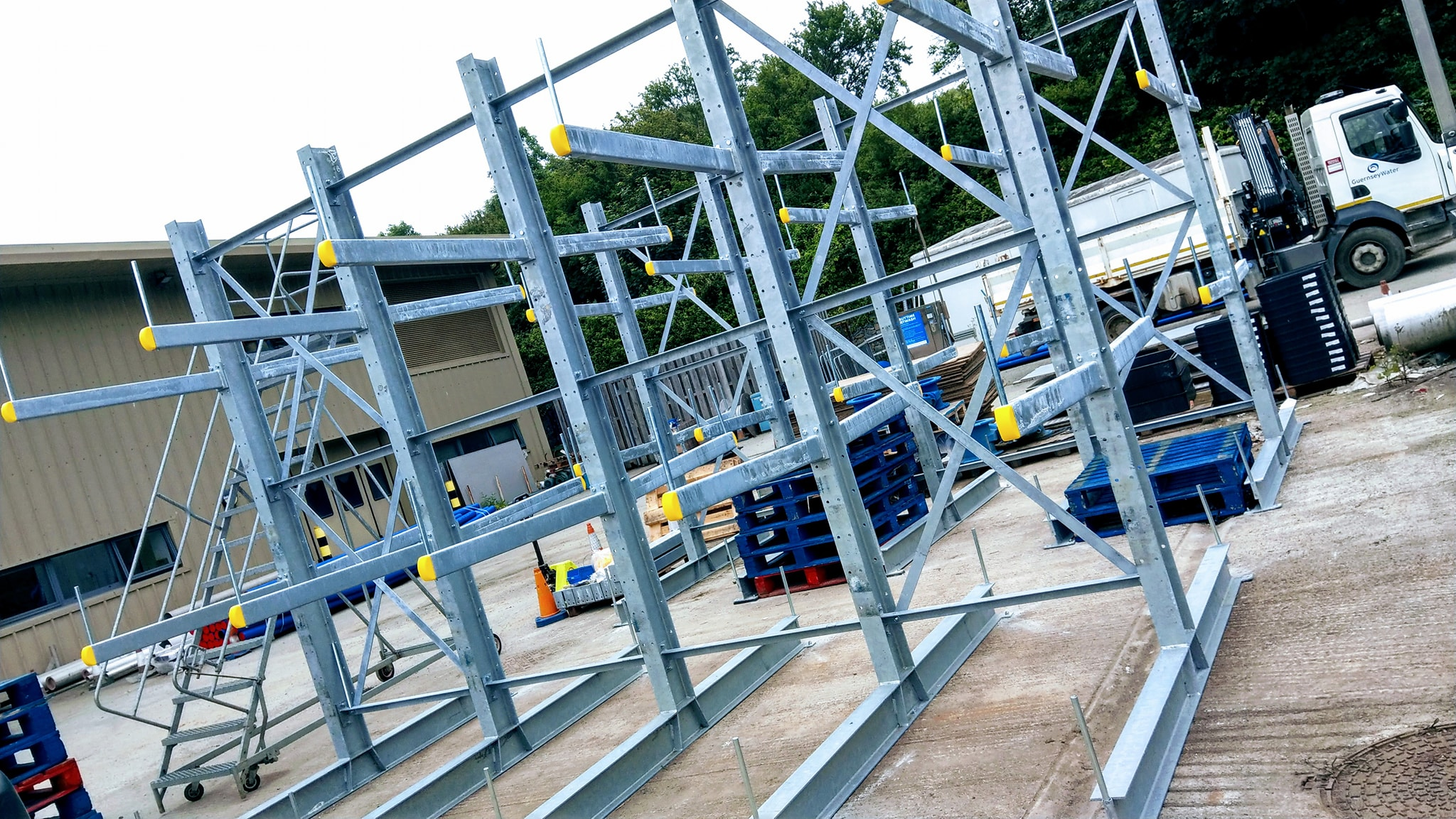To maximise the storage space available to Guernsey Water we installed this external galvanised cantilever racking in their yard